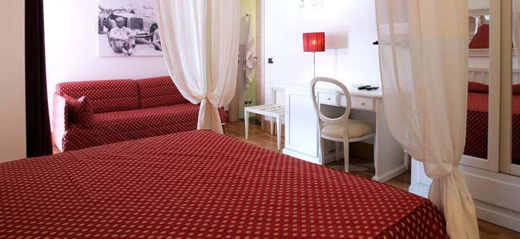 Camere Con Letto A Baldacchino.Camera Con Letto A Baldacchino A Brescia Hotel Fiera Di Brescia